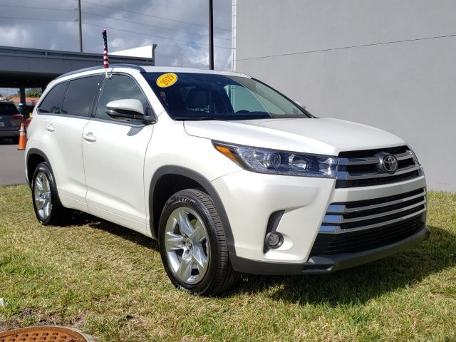 Certified Pre-Owned 2019 Toyota Highlander Limited