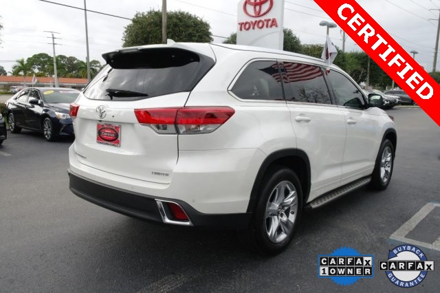 Certified Pre-Owned 2018 Toyota Highlander LTD