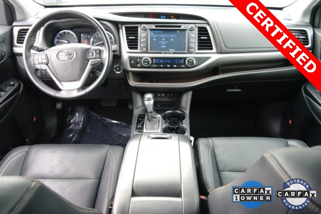 Certified Pre-Owned 2017 Toyota Highlander LTD